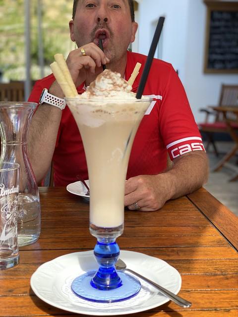 XXL Eiskaffee in Nauders