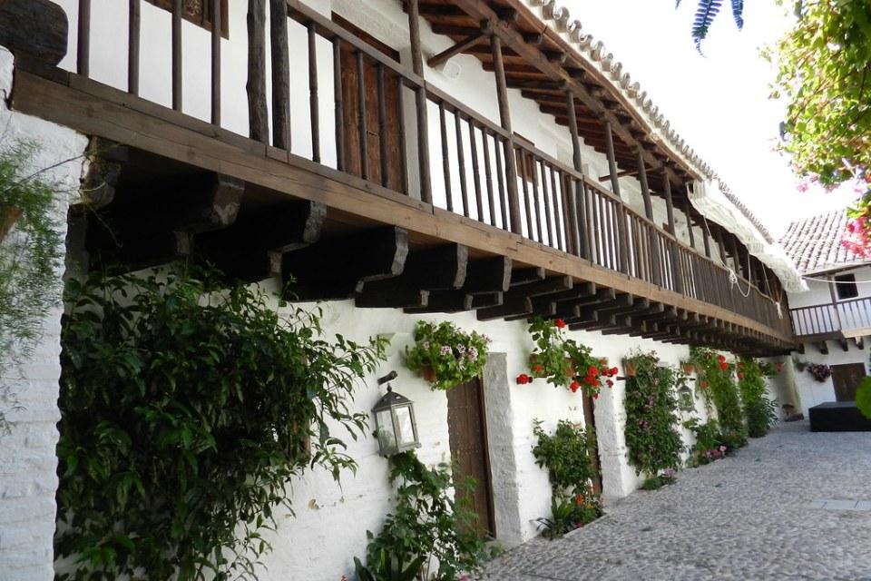 patio interior del edificio Posada del Potro Cordoba 03