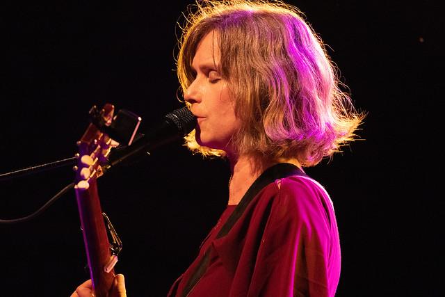 joyofviolentmovement.com - William Ruben Helms - Live Concert Photography: Juana Molina with Loosie at Brooklyn Bowl 9/15/18