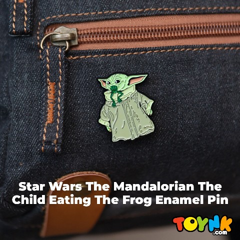 The mandalorian the child eating frog pin 1080