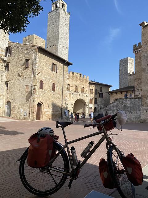 Falkenjagd in San Gimignano