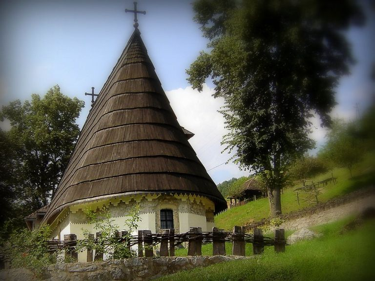 Crkva Uspenja Presvete Bogorodice / Church of the Assumption of Virgin Mary Dobri Potok, Krupanj, Serbia