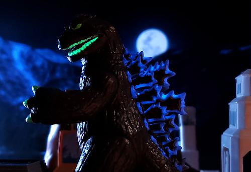 GodzillaGlow1