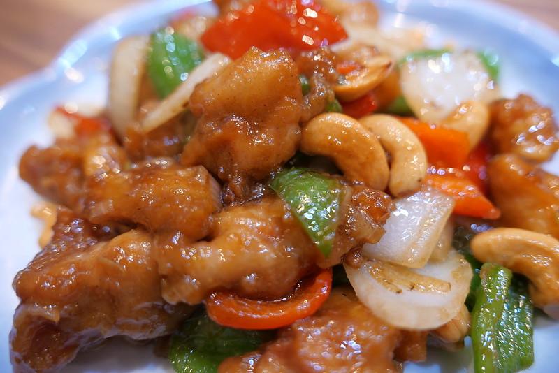 鶏肉の黒胡椒炒め 秦唐記 神保町店 05