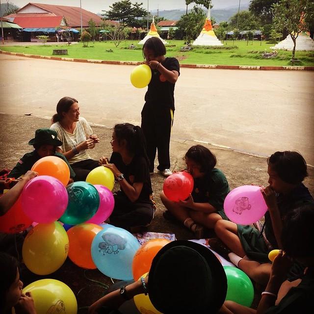 Stephanie Jones with Thai students