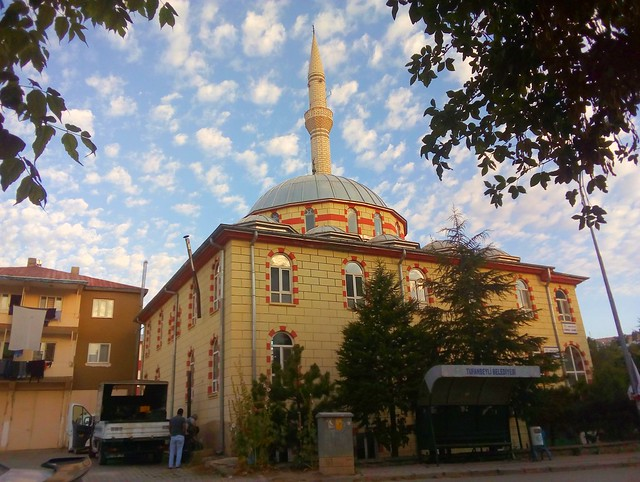 The mosque opposite Kardeşler Otel (warning if it's hot: no a/c) by bryandkeith on flickr