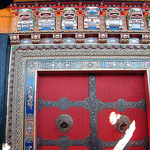 04-jokhang-temple-lhasa-tibet