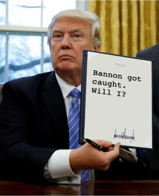 Trump_bannoncaught