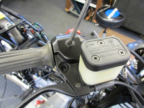 Remove Handlebar Throttle Cable's Other End For More Slack At Bowden Assembly Housing