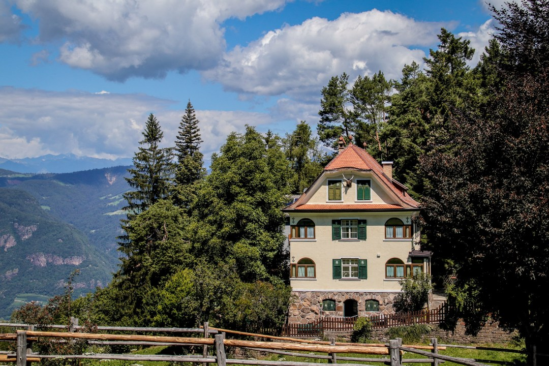 Abitazioni tipiche sopra Bolzano