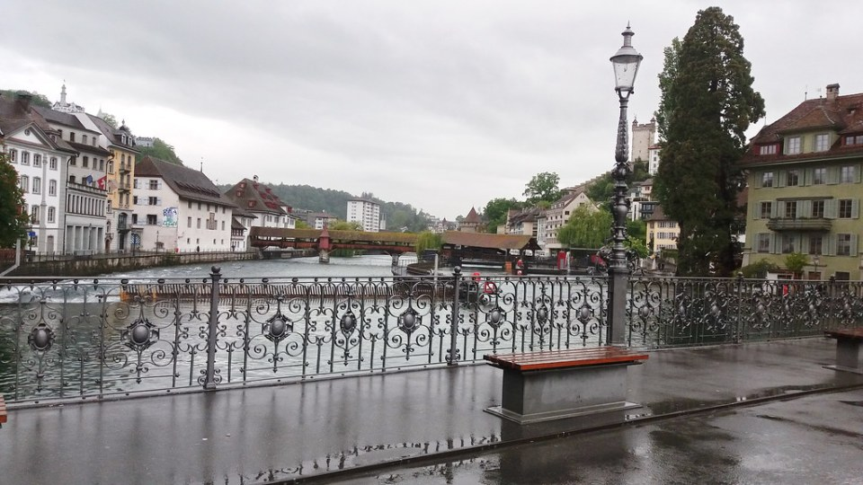 Puente Reussbrücke Lucerna Suiza