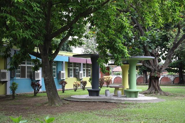 台南安業國小色彩計畫:校園重新粉刷