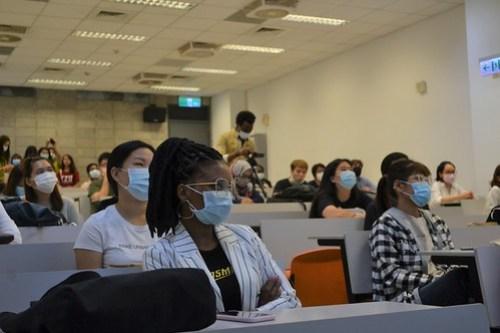 元智國際新生入學來報道 當全球各國聚在元智大學 (1)