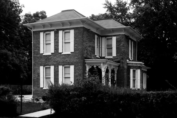 Old house in New Augusta