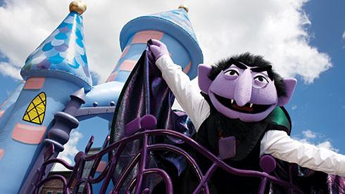 SeaWorld Spooktacular Count von Count