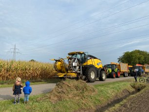 Tractor parade (corn season)