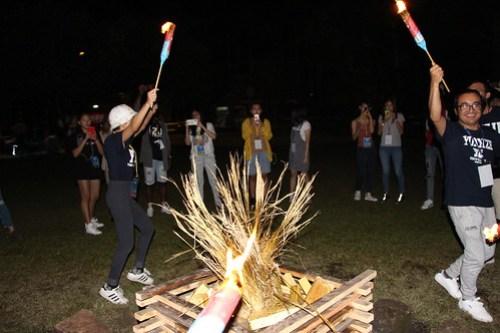 篝火晚會的活動情況_照片由全球事務處提供