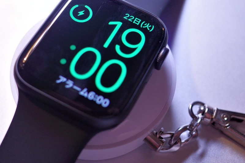 Apple Watch series 5 mobile battery