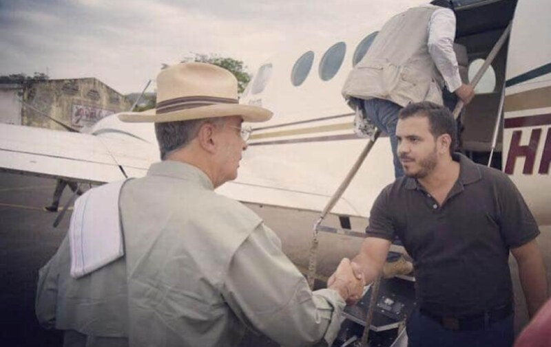 Las aeronaves que piloteaba David Cataño del Cartel de Sinaloa en Colombia estaban al servicio del ex presidente Álvaro Uribe Vélez.