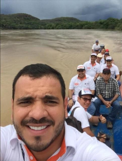 El 6 de mayo de 2018, el piloto Niño Cataño lideró una comitiva por los departamentos del Meta y Guaviare haciendo una exitosa campaña por Álvaro Uribe, para el Senado, e Iván Duque, a la Presidencia.