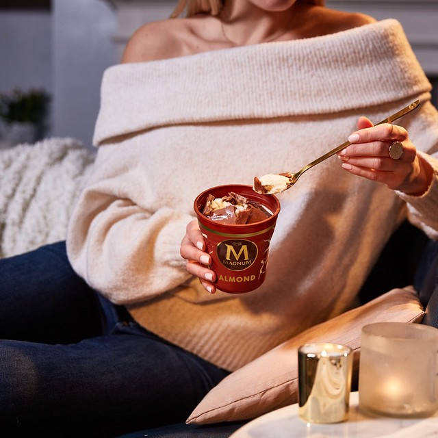 Enjoy couch moments with Magnum Pints