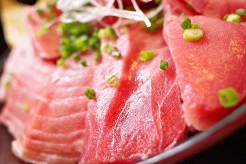 fatty tuna rice bowl at Kura dining