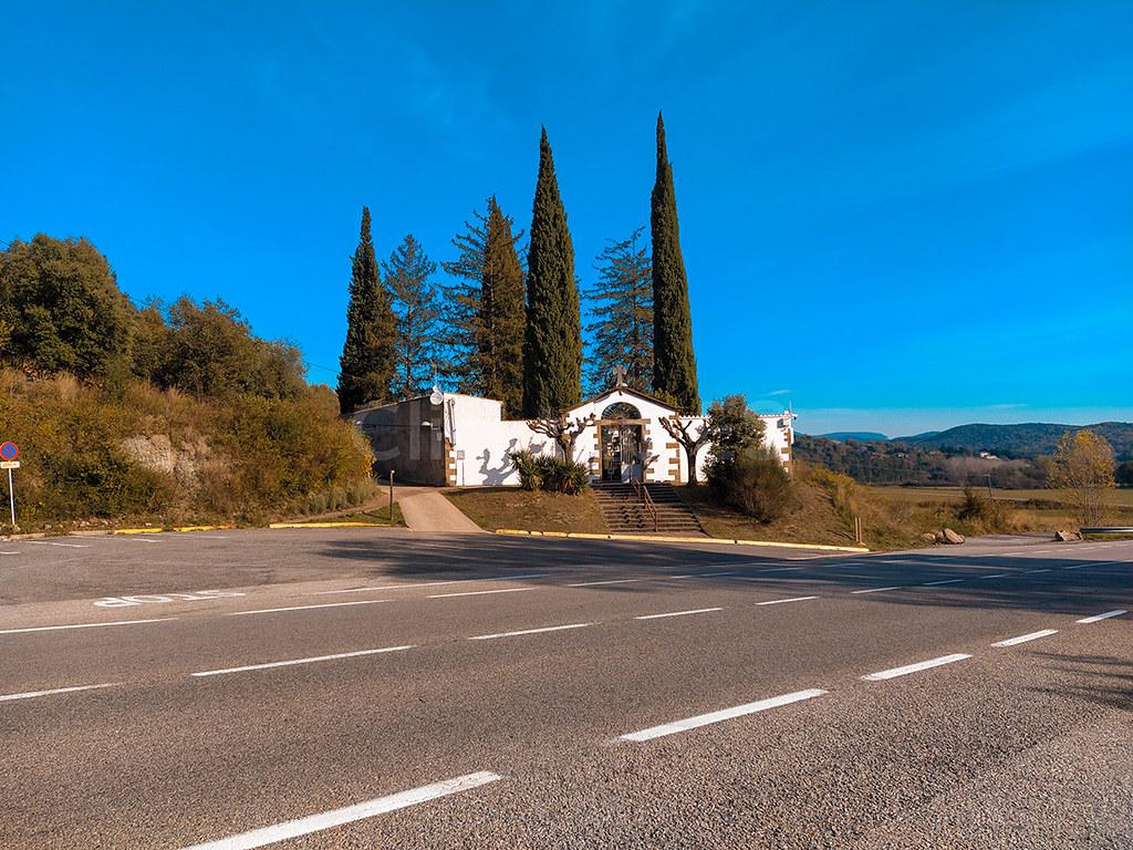 Dónde aparcar para ir al Gorg de la Plana · Senderismo Garrotxa · Click_Trip