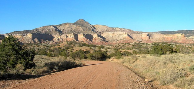 between Big Eddy and Abiquiu Reservoir by bryandkeith on flickr