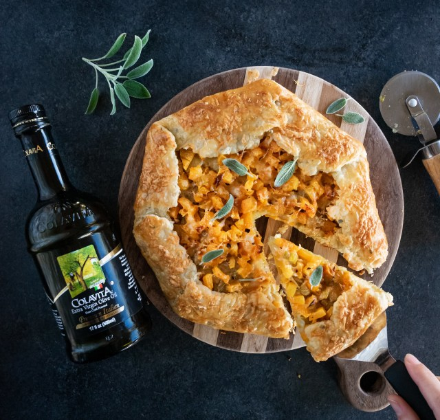 butternut squash galette with gruyère and caramelized leeks