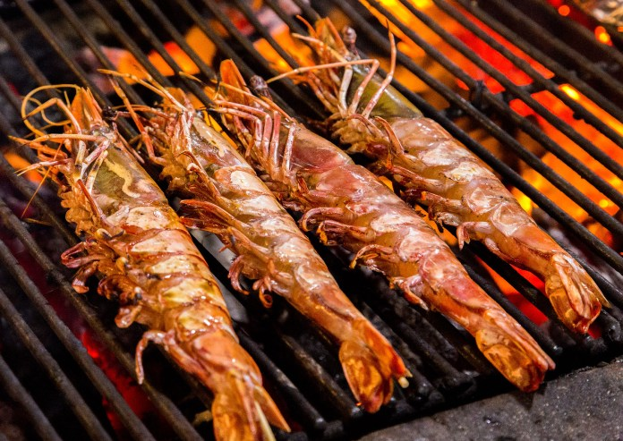 prawn Grill cooking seafood.