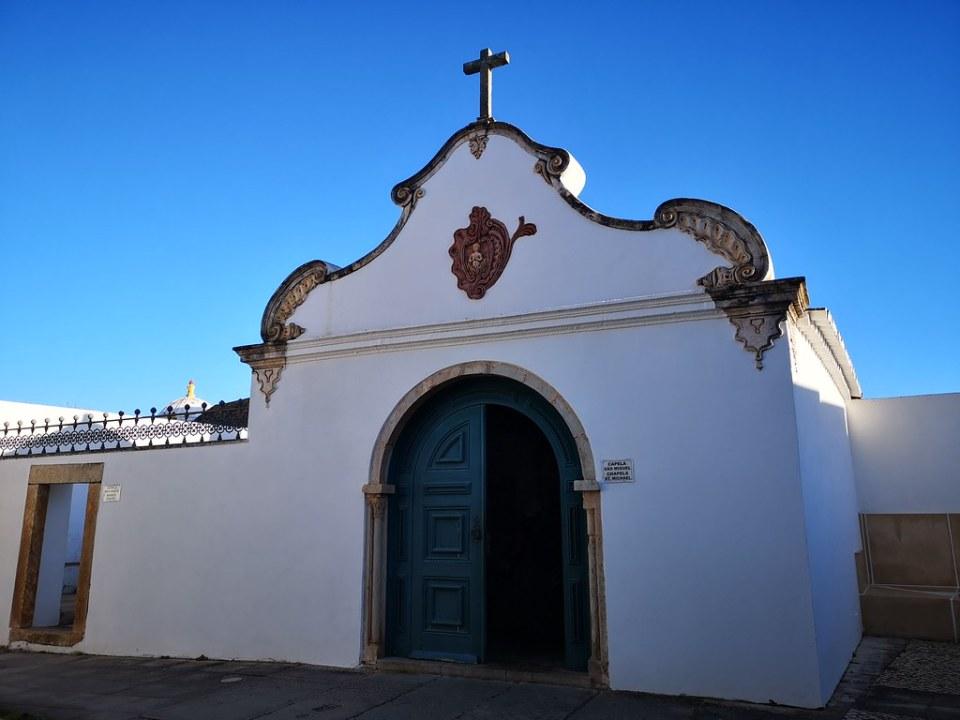 Capilla de San Miguel Faro Portugal