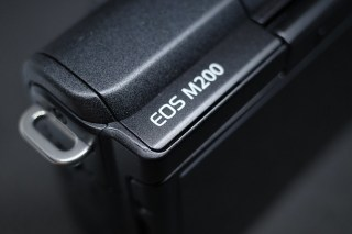 EOS M200 のサイズ感