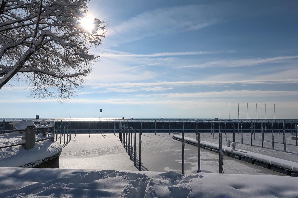 Schnee Spaziergang Friedrichshafen am Bodensee Januar 2021 hyyperlic-50