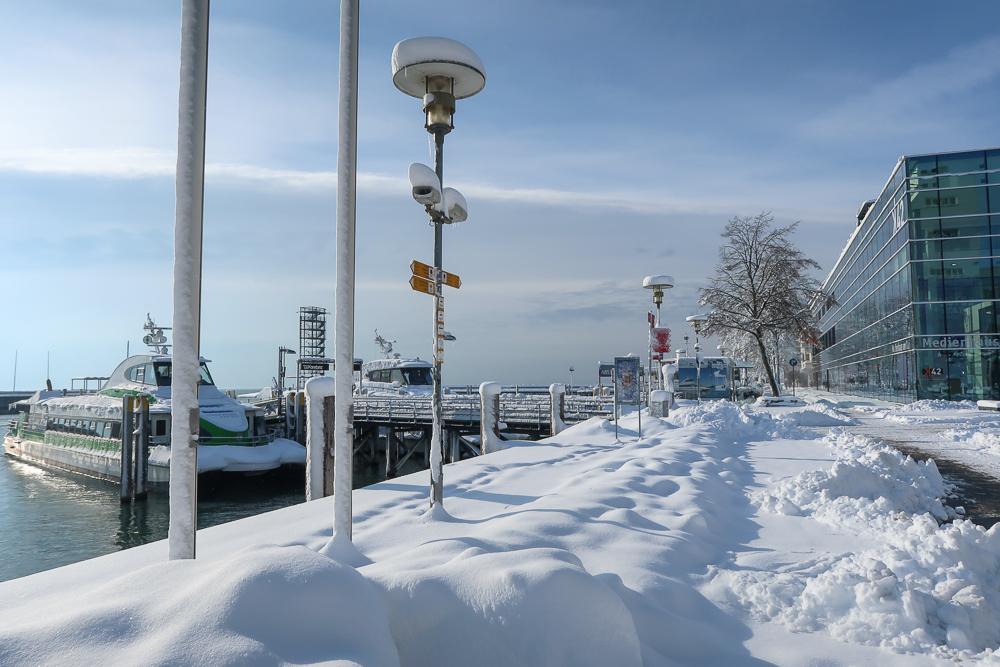 Schnee Spaziergang Friedrichshafen am Bodensee Januar 2021 hyyperlic-06
