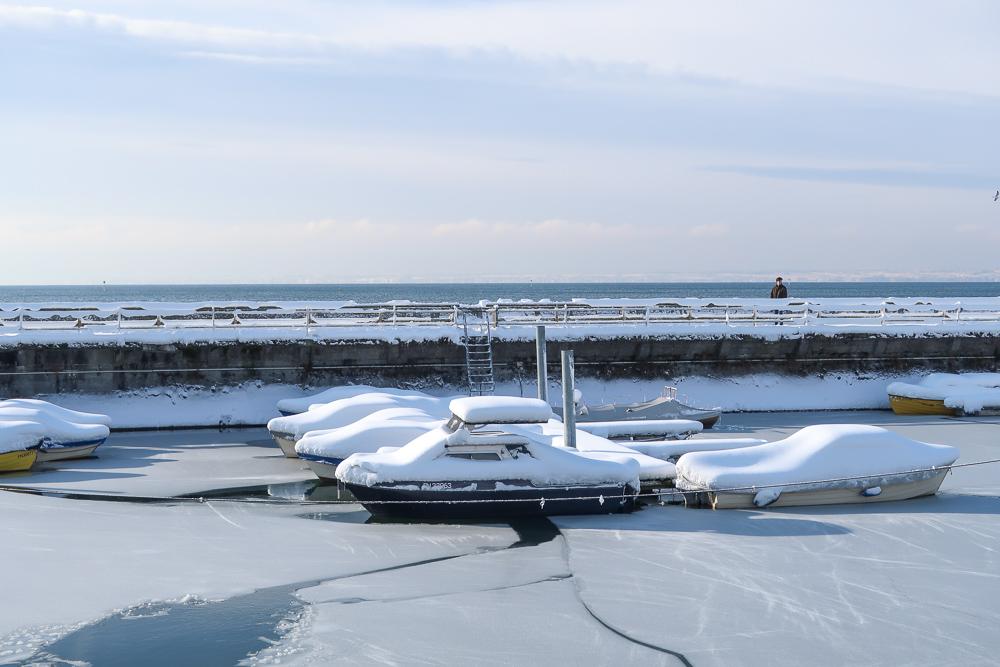 Schnee Spaziergang Friedrichshafen am Bodensee Januar 2021 hyyperlic-30