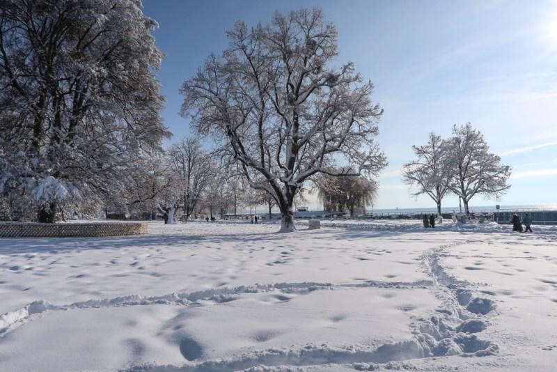 Sightseeing Walk Snow Lake Constance Friedrichshafen January 2021 Blog JoyDellaVita-39