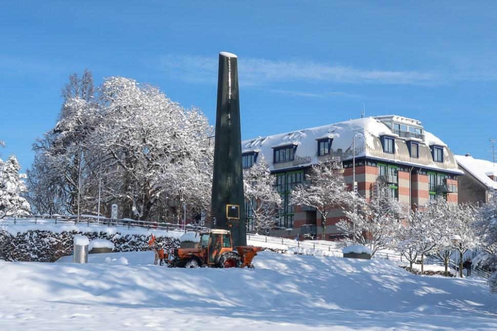 Sightseeing Walk Snow Lake Constance Friedrichshafen January 2021 Blog JoyDellaVita-38