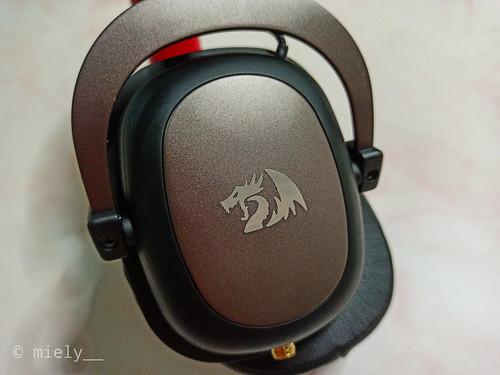 redragon-h510-zeus-07