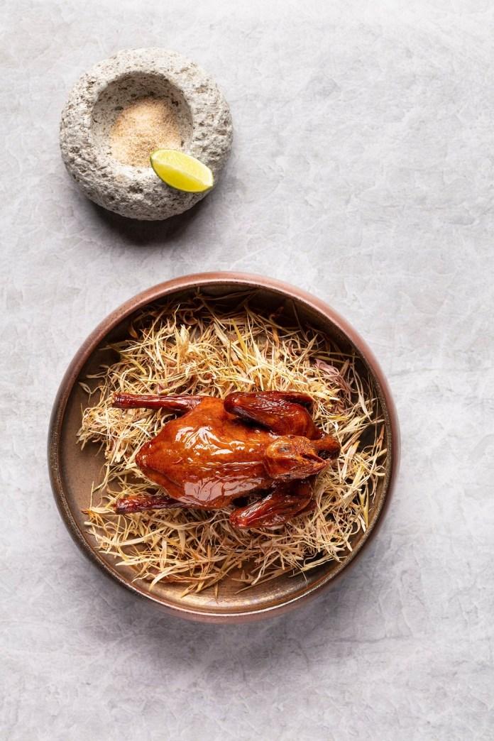 天頤香茅燒乳鴿 Oven Roasted Lemongrass Pigeon