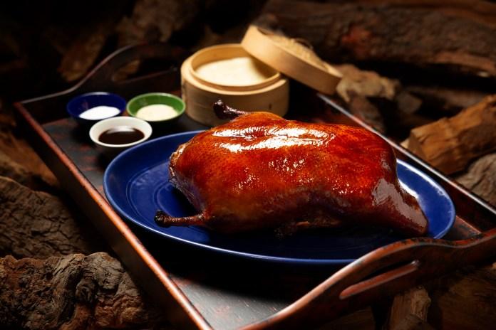 "滿堂彩「老式果木烤鴨」Beijing Kitchen ""traditional Beijing style duck"""