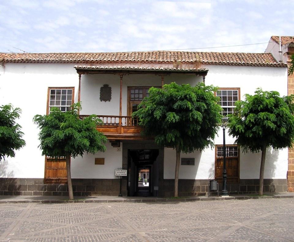 exterior edificio Casa Museo de los Patronos de la Virgen Teror Gran Canaria Islas Canarias 03