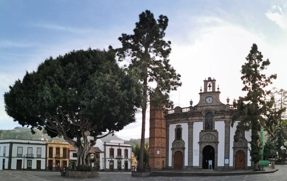 portada exterior Basílica y Santuario Mariano de Nuestra Señora del Pino de Teror Gran Canaria Islas Canarias Islas Canarias 03