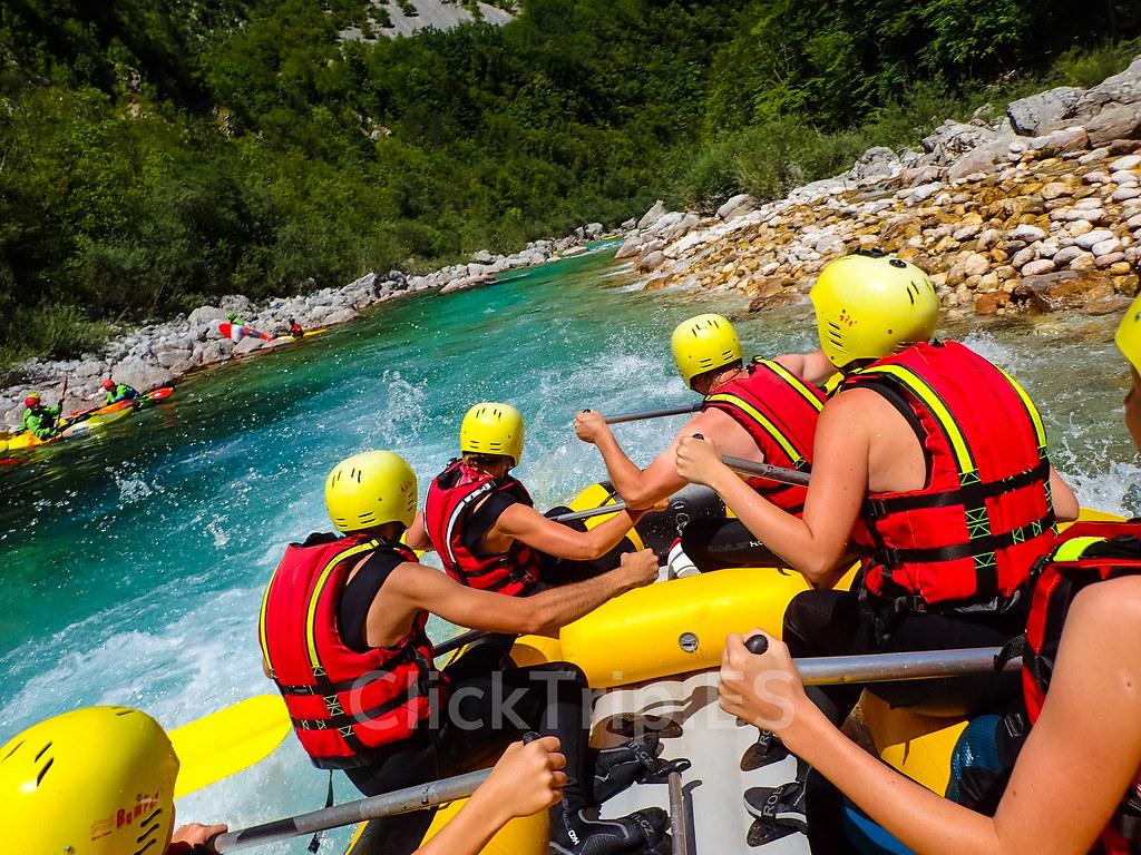 Alpi Center | Rafting en Eslovenia · Deportes de aventura · Actividades al aire libre | Descendiendo por el río Soča | Slovenia | ClickTrip