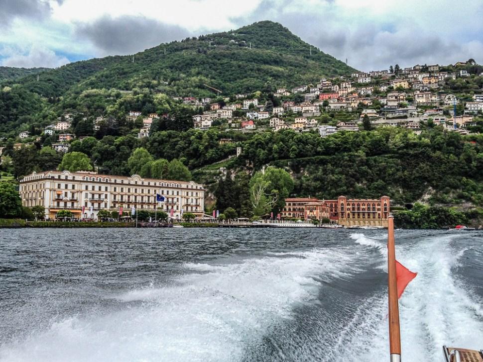 leaving Villa dEste at Lake Como by Boat