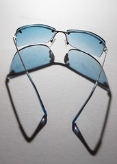 Blue sun glasses refraction
