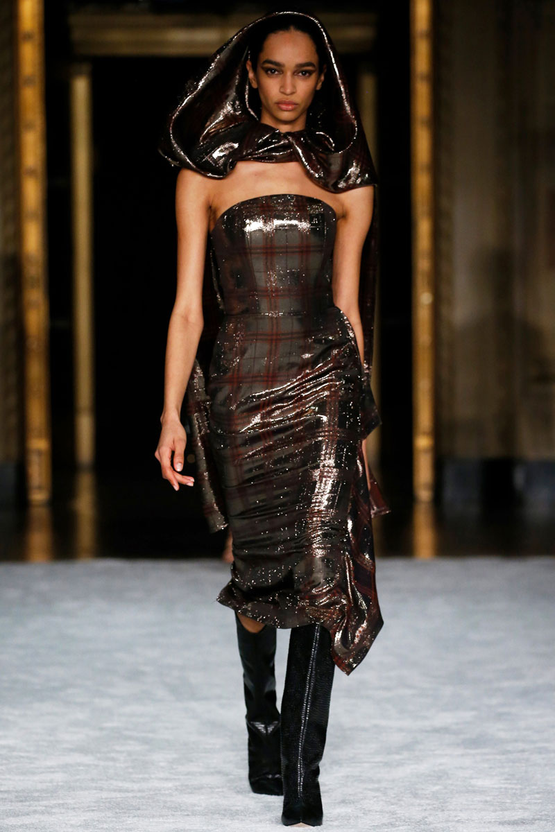 4-Christian-Siriano-Fall-2021-fashion-runway-show