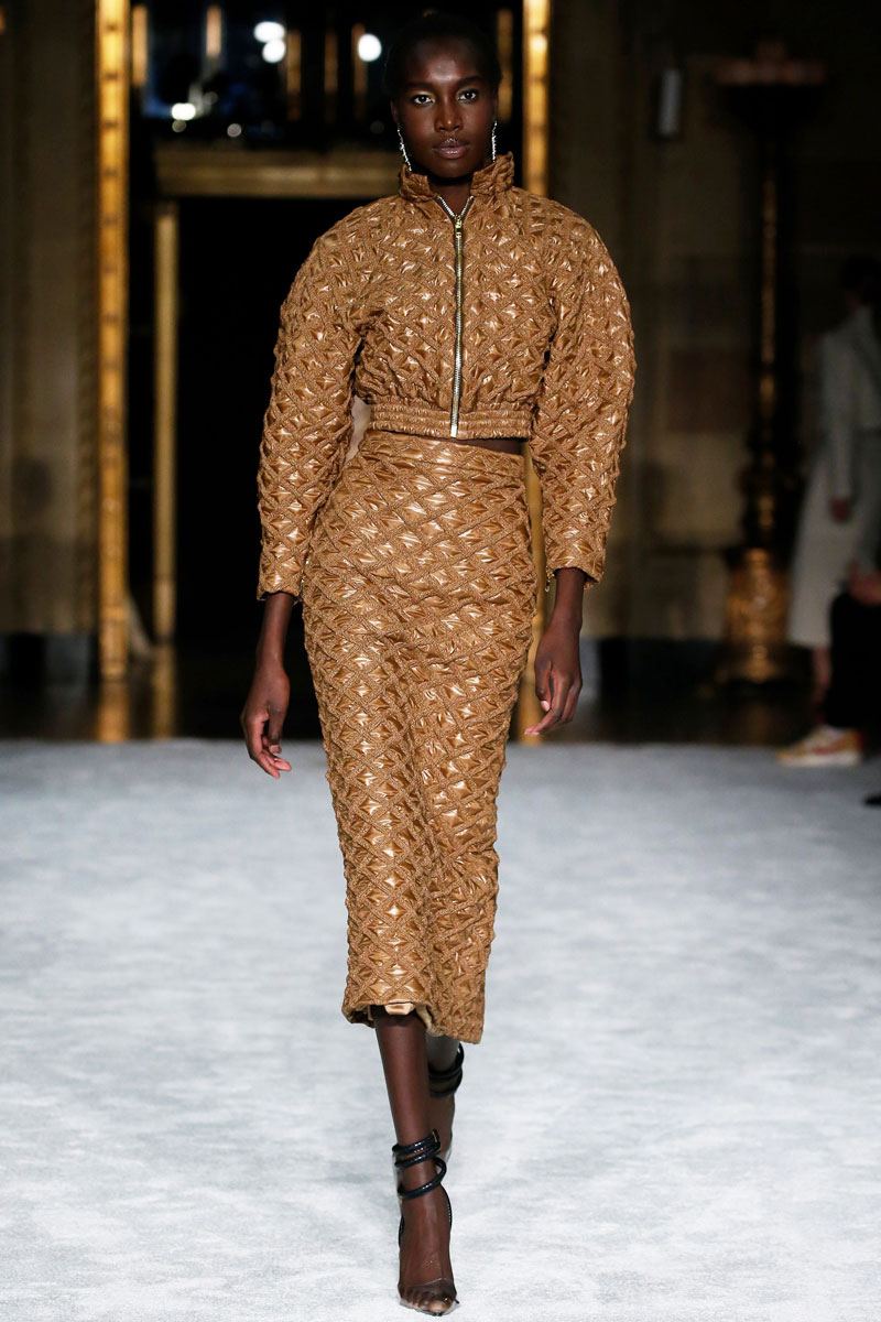 2-Christian-Siriano-Fall-2021-fashion-runway-show