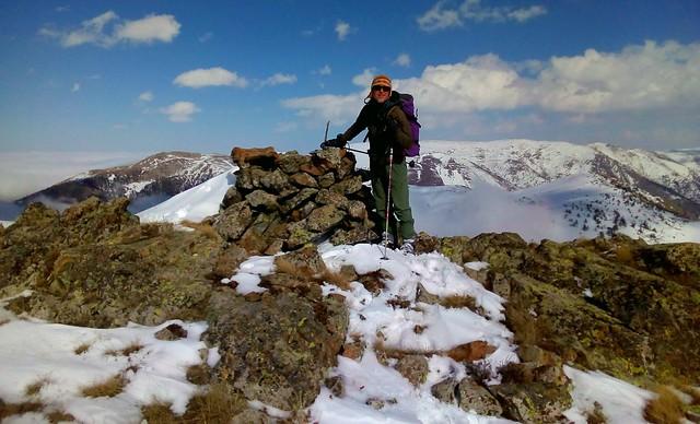 The summit of Ayliye (aka Avliye) Tepesi (~2490m), ~4km SE of Zigana Köyü (Torul, Gümüşhane). by bryandkeith on flickr