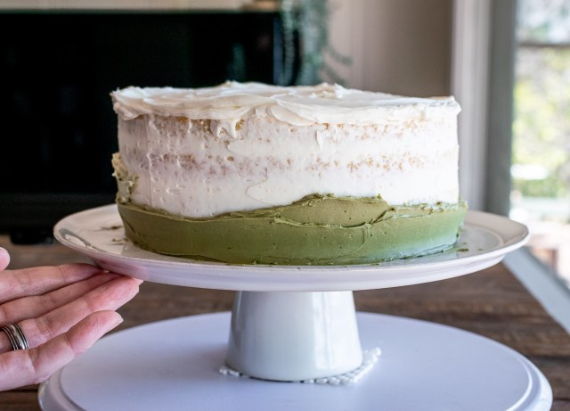 the dark green matcha frosting layer goes on first