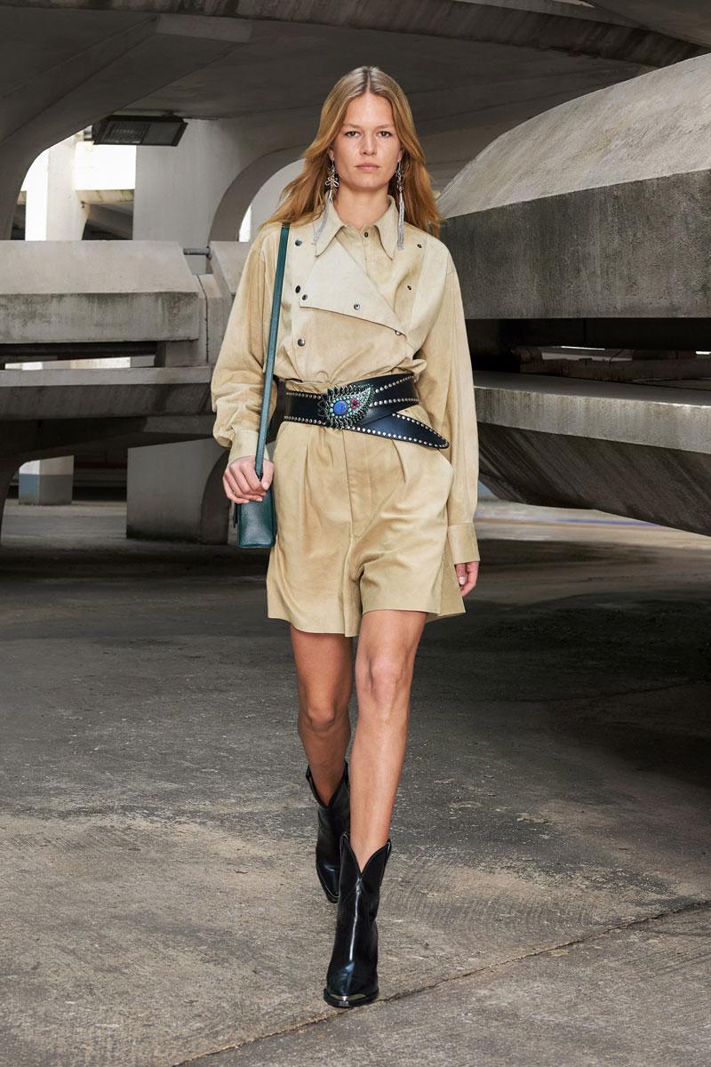 10_isabel-marant-fall-2021-runway-show-paris-fashion-week